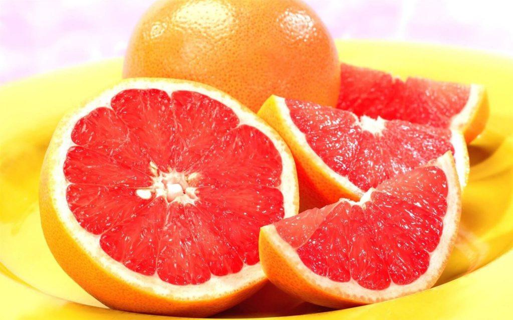 Sữa Rửa Mặt Trị Mụn Neutrogena Visibly Clear Pink Grapefruit Daily Scrub