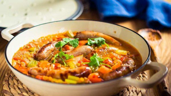 schwartz sausage casserole calories