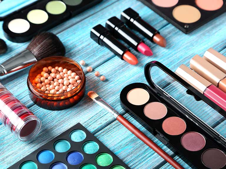 make-up-expiry-shutterstock_768.jpg