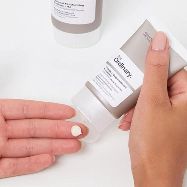 Kem Dưỡng Trắng Da Vitamin C Suspension 30% in Silicone 30ml